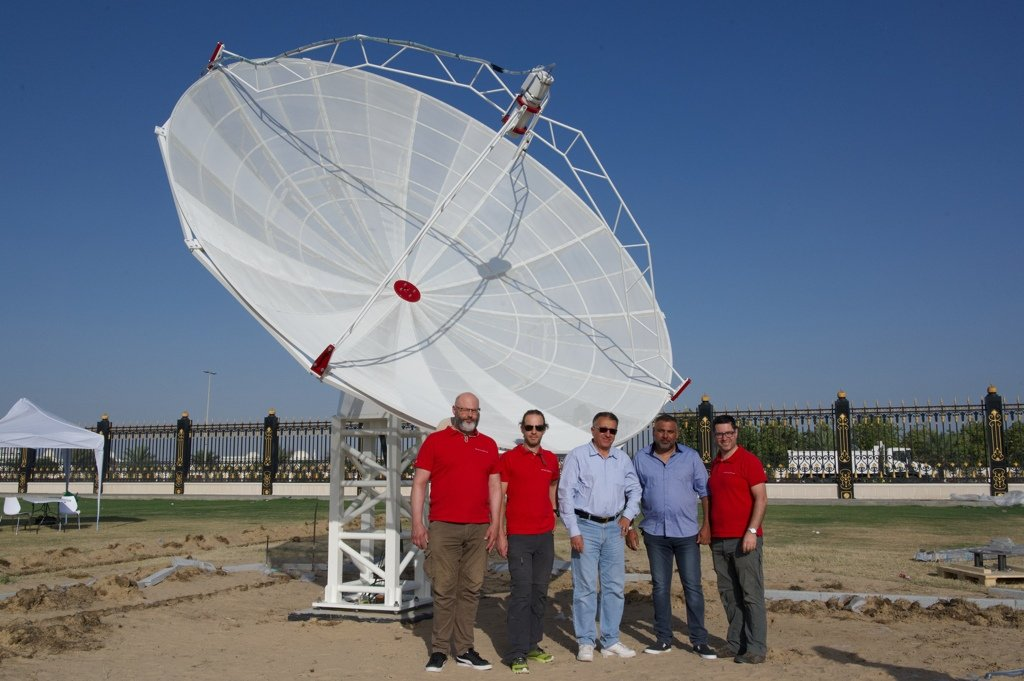 Radio2Space: radio telescope uses and application