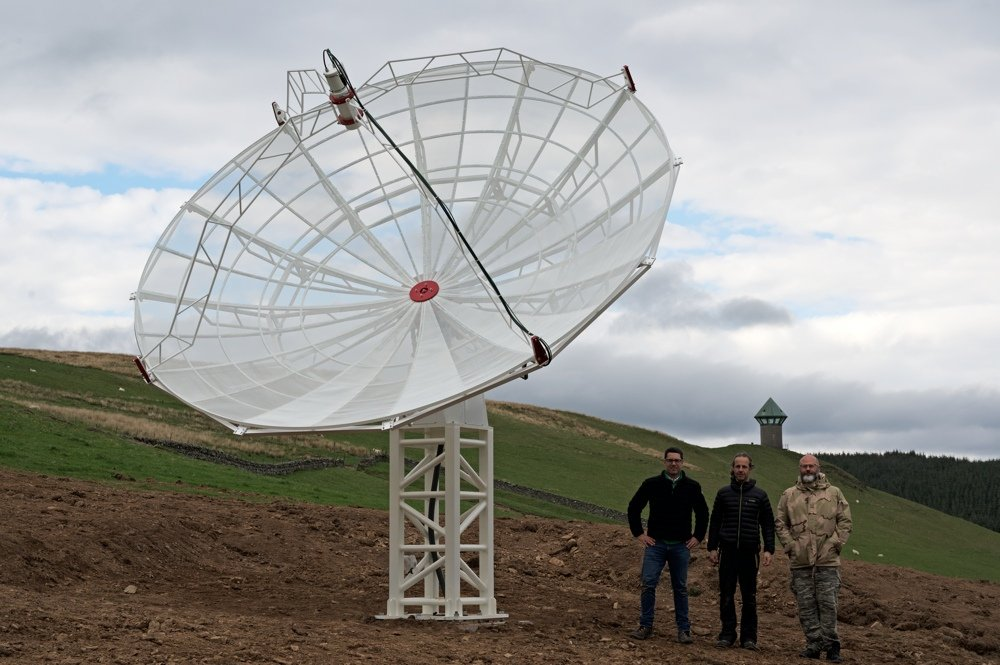 Radio2Space installation team with the SPIDER 500A radio telescope.
