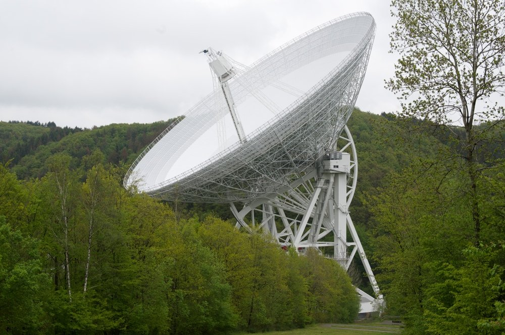 Radio2Space at Effelsberg radio telescope: view of the entire radio telescope