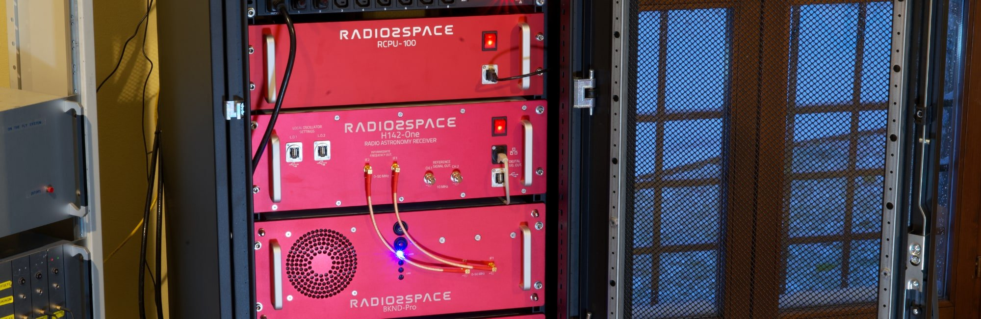RK19 rack for radio telescope