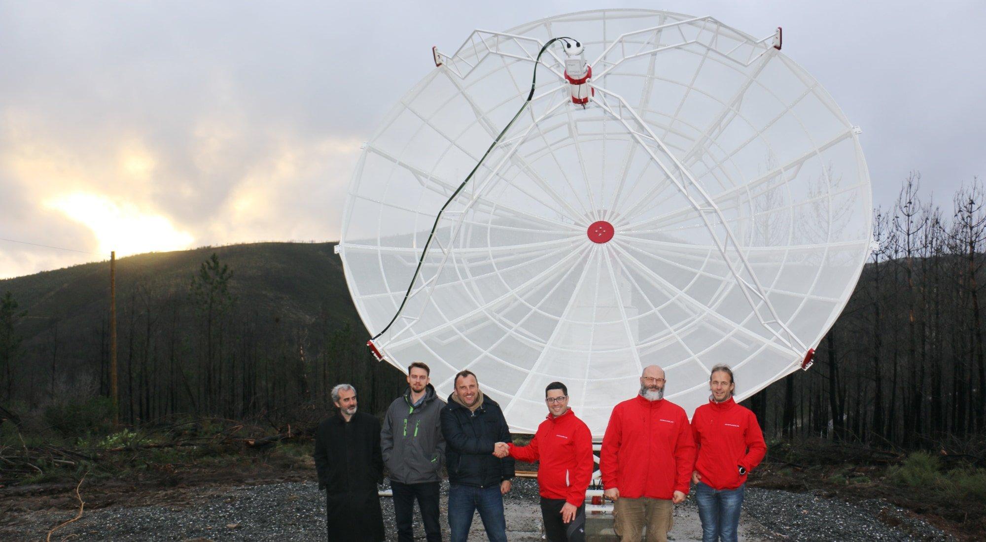 SPIDER 500A professional radio telescope