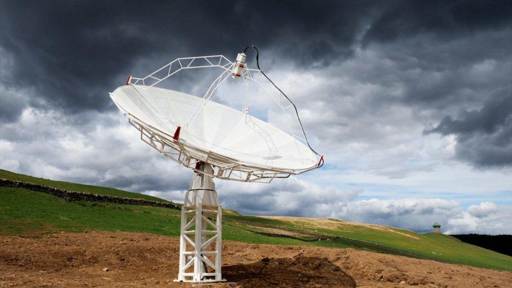 Affordable radio telescopes for radio astronomy and satellite communication